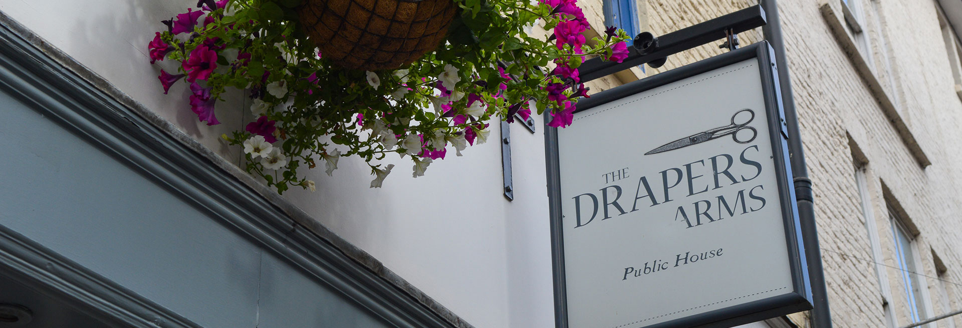 The Story of The Drapers Arms
